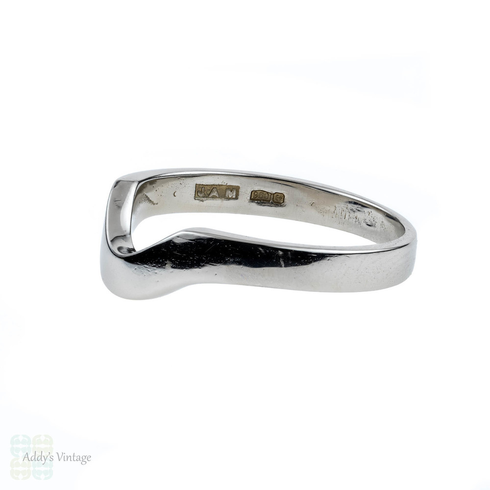 Curved Platinum Wedding Ring, Wishbone Shaped Ladies Wedding Band. Size J / 4.8.