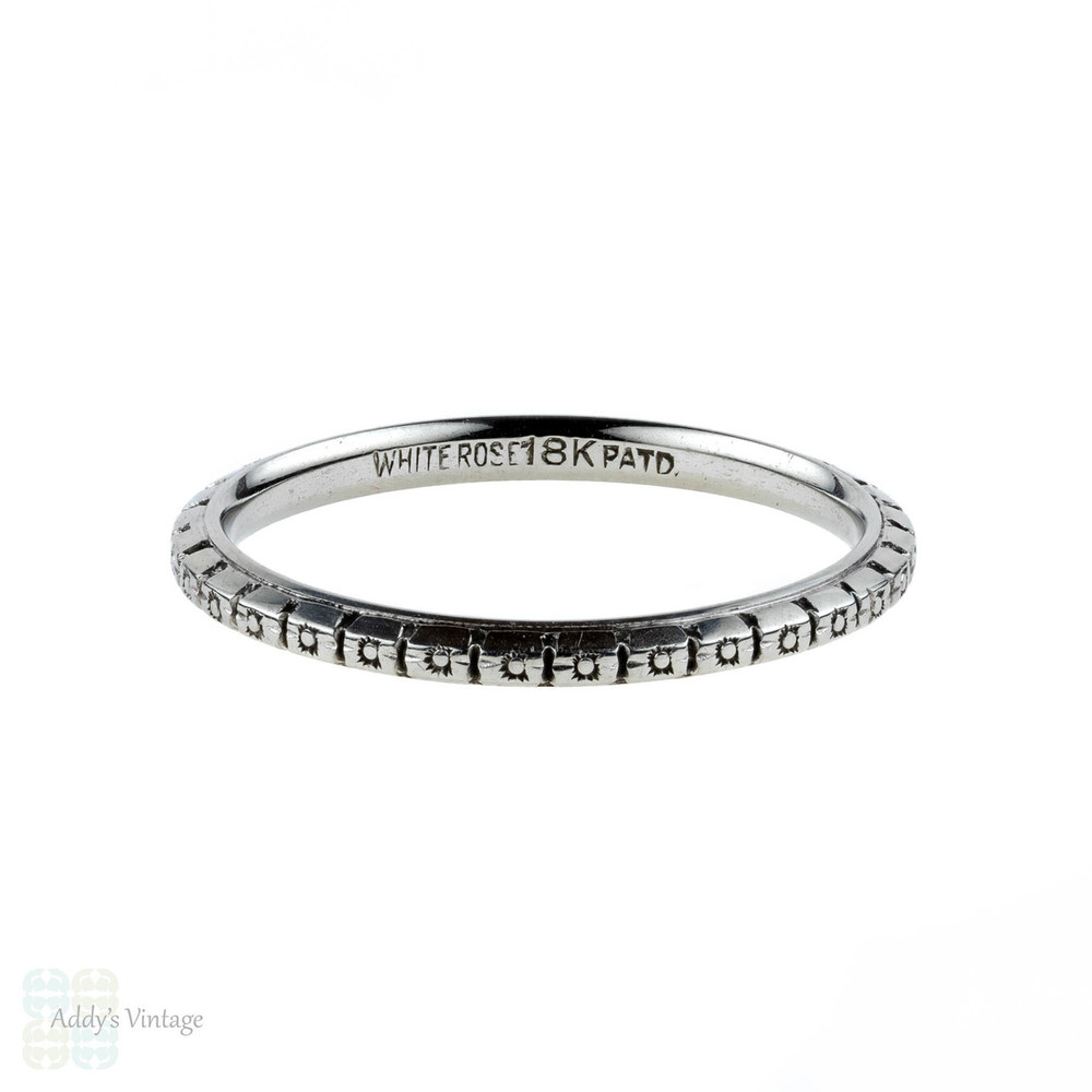 Art Deco Engraved Wedding Ring. 18ct 18k Flower Blossom Band. Size L.5 / 6.