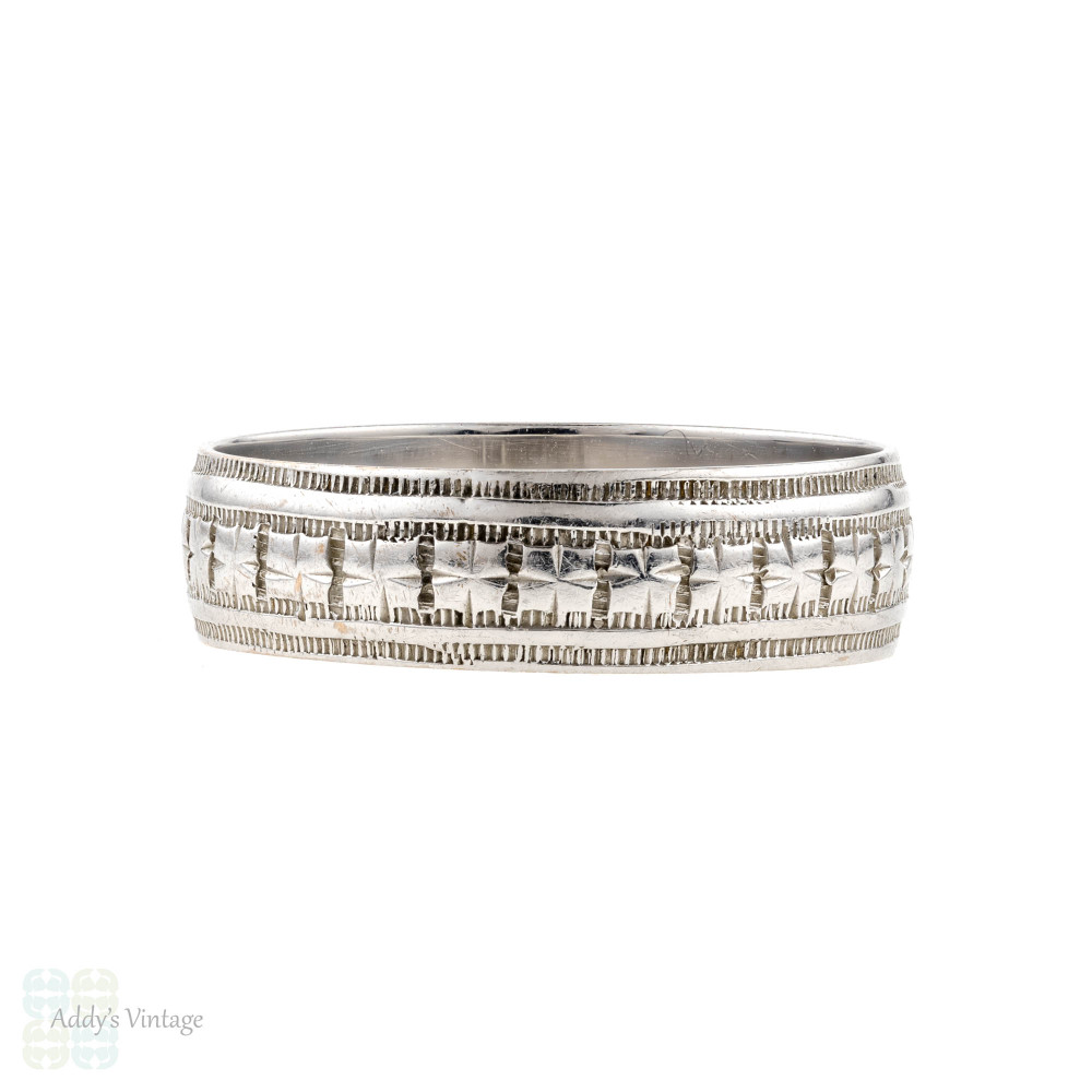 Antique 9ct Gold Wedding Ring, Engraved Wide 9k Cigar Band. Size M / 6.25.