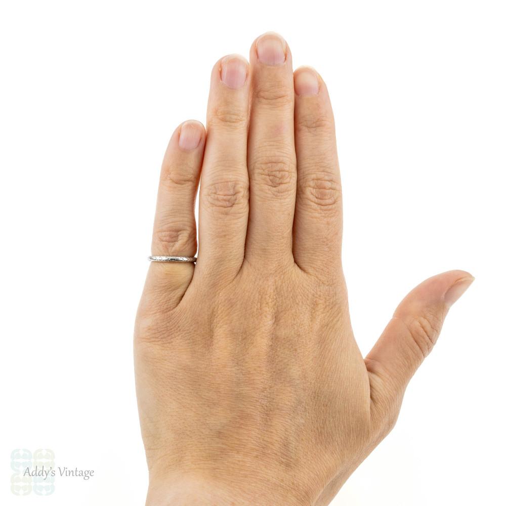 Art Deco Engraved Platinum Wedding Ring, Floral Ladies Band. Size H.5 / 4.25.