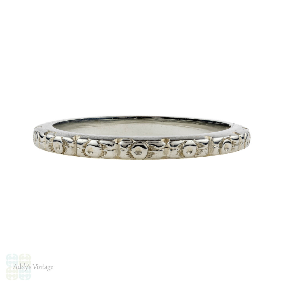 Engraved 18k Wedding Ring. Vintage Flower Blossom 18ct White Gold Band. Size K / 5.25.