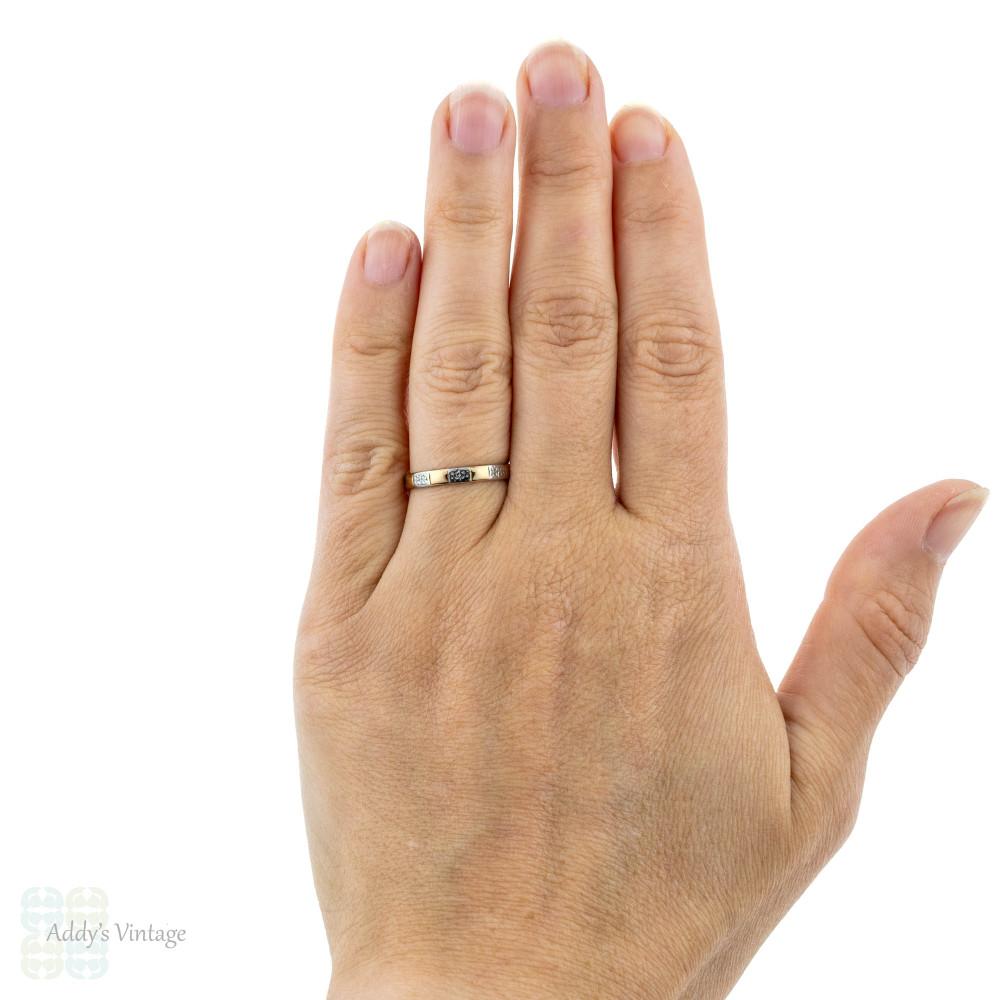 Engraved 22ct & Platinum Wedding Ring, Two Tone 1950s Ladies Band. Size M.5 / 6.5.