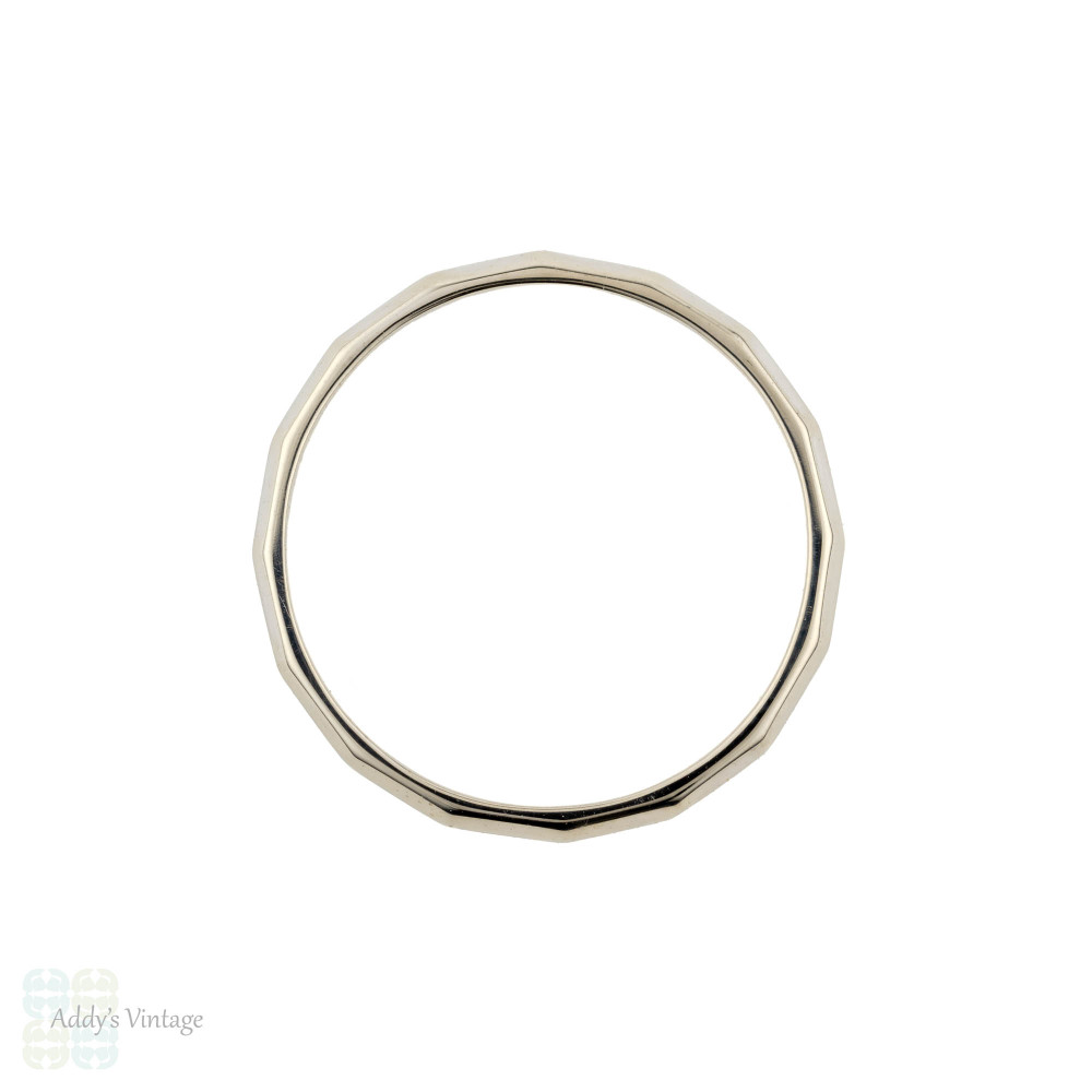Faceted 14k White Gold Wedding Ring, Vintage Ladies 14ct Narrow Band. Size M / 6.25.