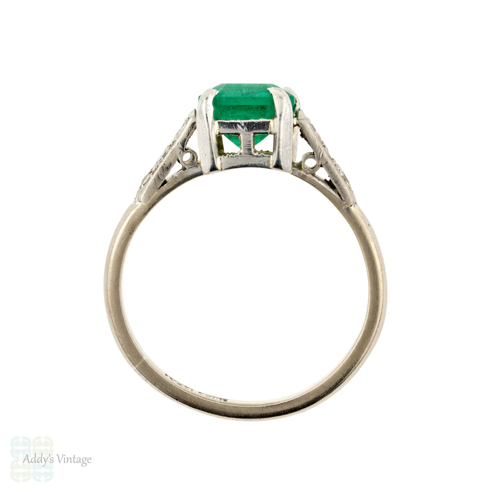 Emerald & Diamond Engagement Ring, Vintage Solitiare in 18ct 18k White Gold.
