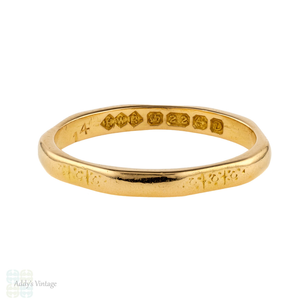 Vintage 22ct Gold Wedding Ring, Faceted Engraved 1950s 22k Ladies Band. Size L.5 / 6.