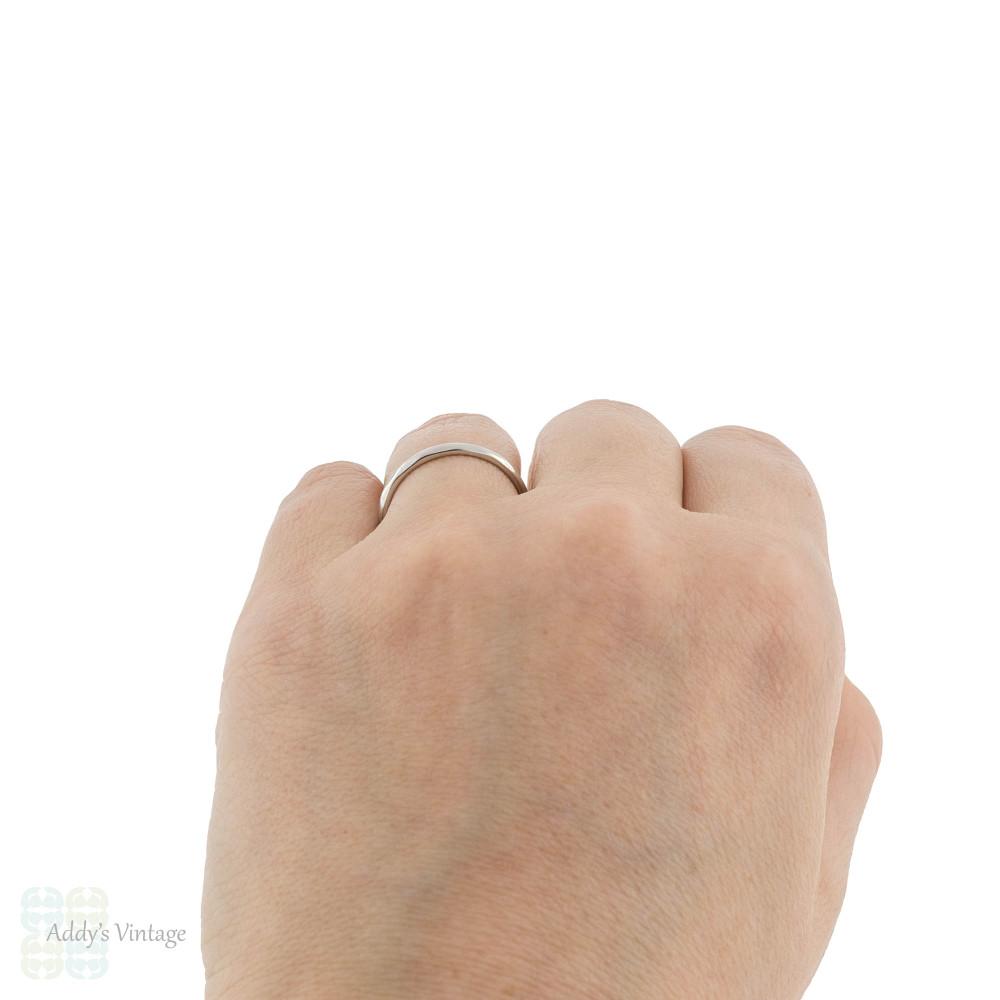 Platinum Slender Ladies Wedding Ring. Vintage 1940s Faceted Band, Size N.5 / 7.
