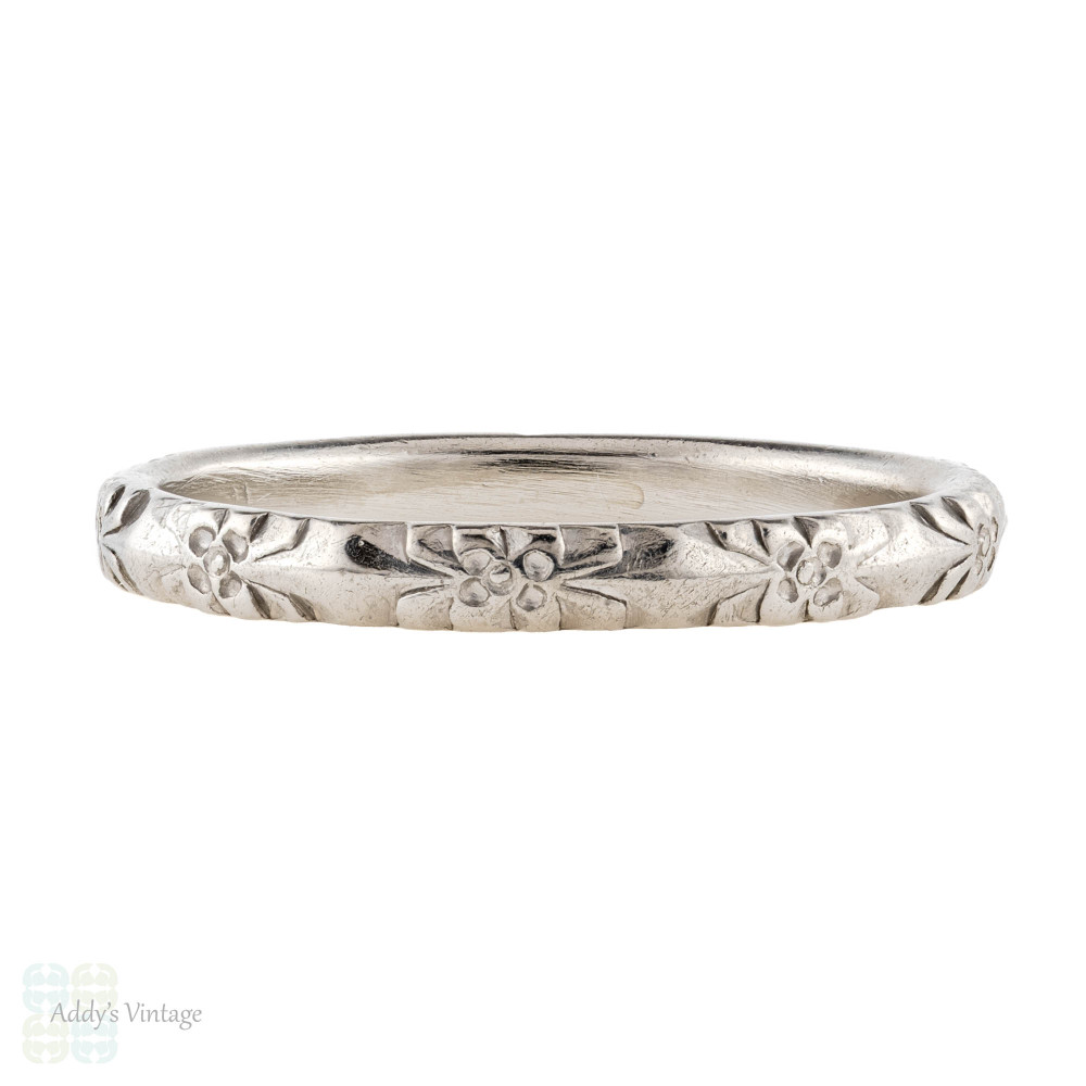 Antique Platinum Engraved Wedding Ring, Forget Me Not Flower Pattern Ladies Band. Size M / 6.25.