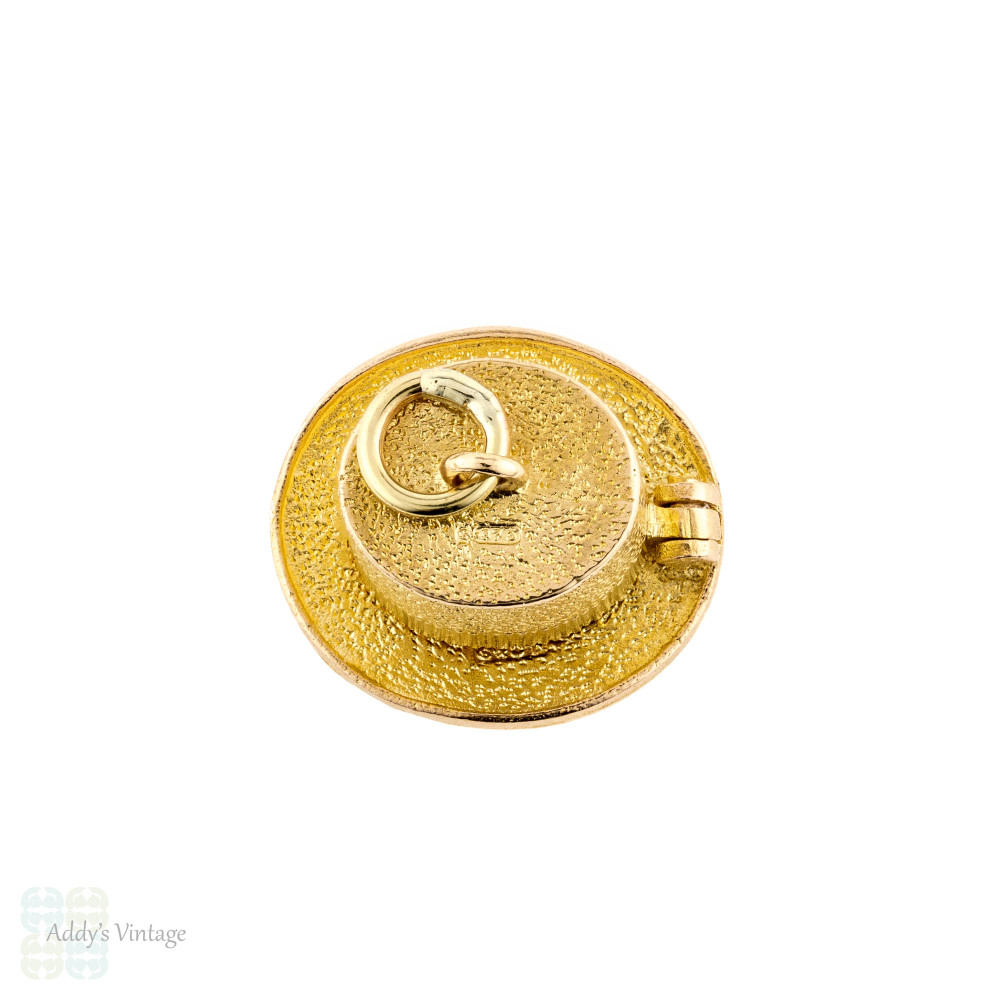 Rabbit in a Hat 9ct Charm, Vintage 1970s Magician's Opening Top Hat. 9k Yellow Gold.