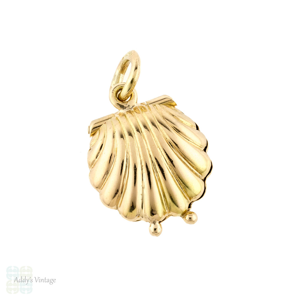 RESERVED Clam Shell with Pearl Pendant, Vintage 14k 14ct Yellow Gold Small Charm.
