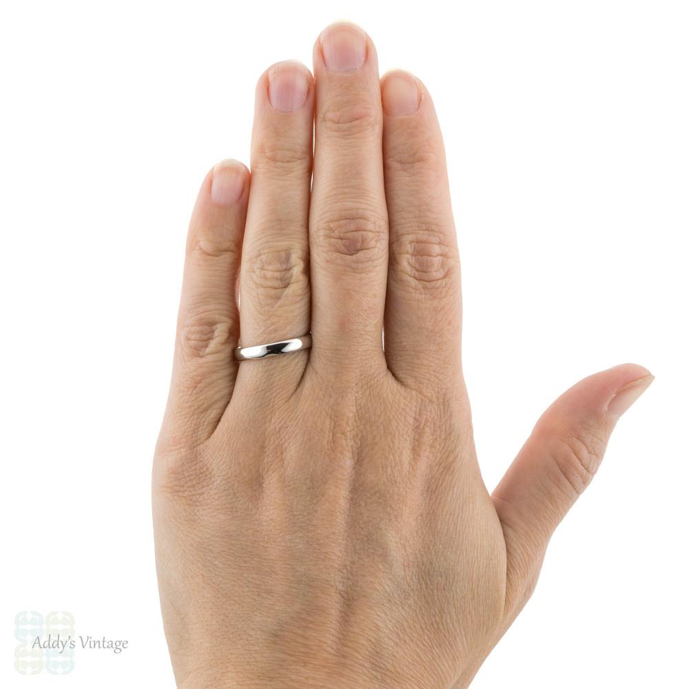 Ladies Platinum Wedding Band, Vintage Heavy Womens Court Comfort Fit Ring. Size N / 6.75.