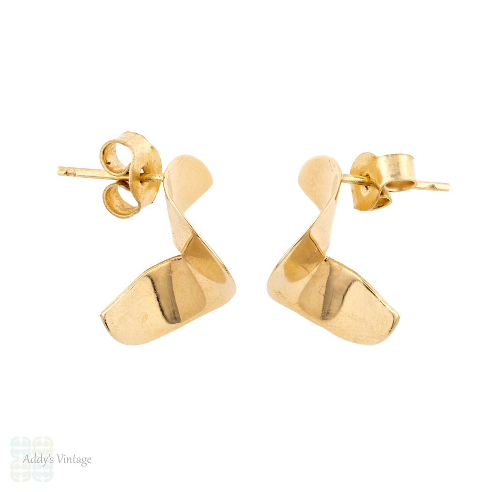Vintage Everyday Swirl Earrings 10k Yellow Gold Pierced Studs with 9ct Backs.