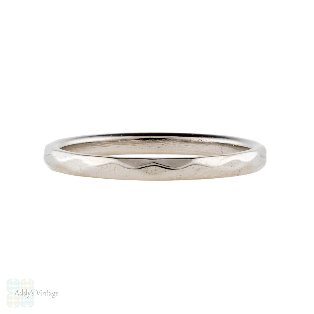 Narrow Faceted Platinum Wedding Band, Vintage 1940s Ring Size L / 5.75.