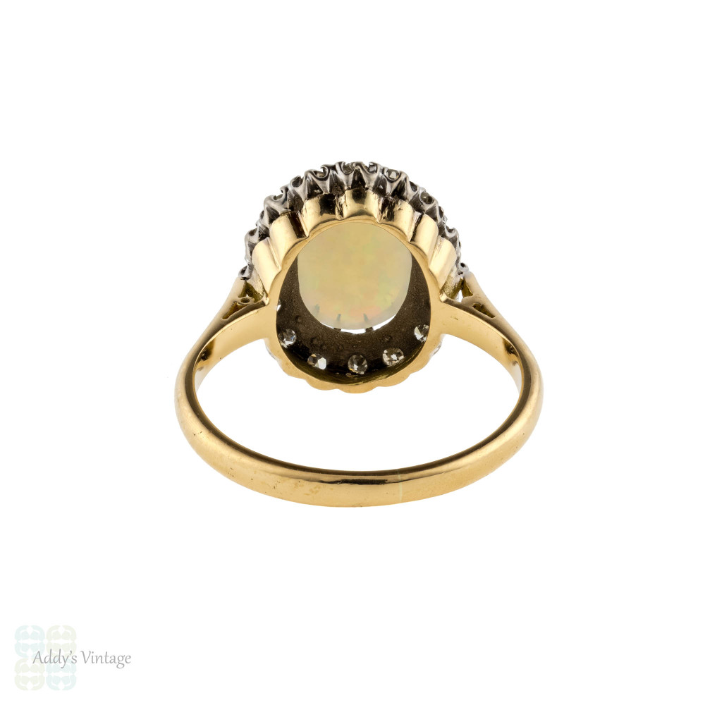 Opal & Diamond Halo Cocktail Ring, 1940s Vintage 18ct 18k Gold Dinner Ring.