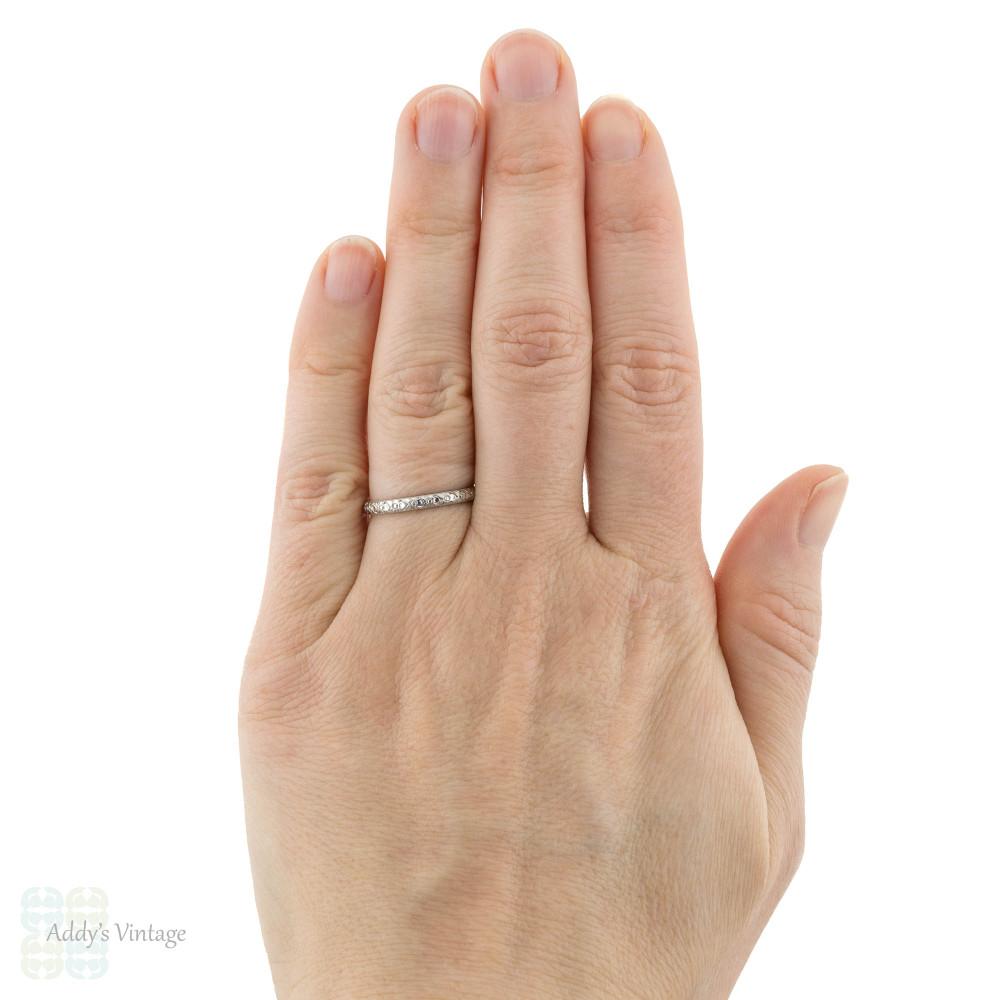 Engraved Floral Platinum Wedding Ring, Vintage Ladies 1940s Band Size N / 6.75.