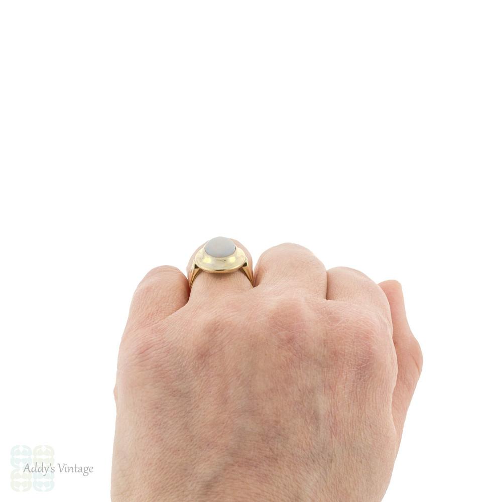 Opal 14k 14ct Yellow Gold Bezel Set Vintage Cocktail Ring, Large Single Stone Design.