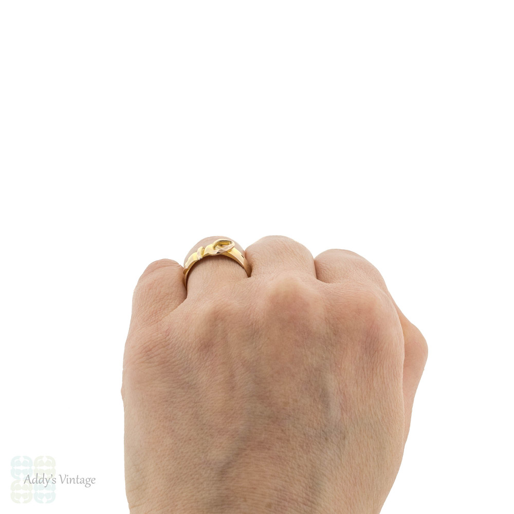 Victorian Buckle Ring, Wide 9ct 9k Yellow & Rose Gold Buckle Band Circa 1880s.