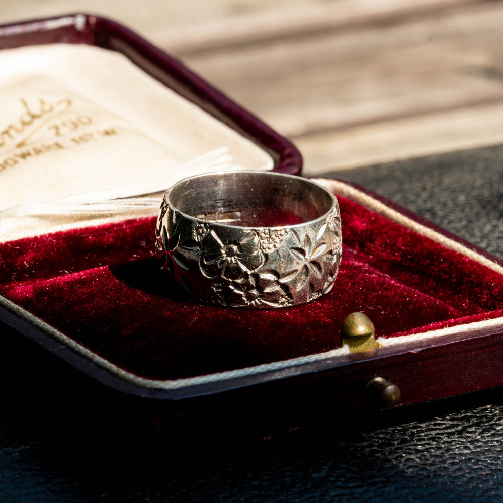 Vintage Wide Engraved Sterling Silver Wedding Band, Floral Victorian Style Ring Size R.5 / 9.