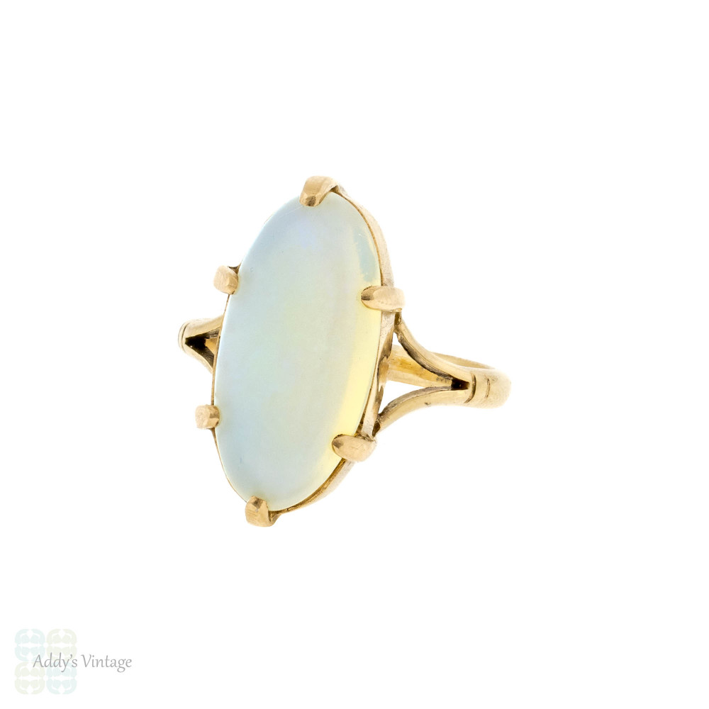 Opal Vintage Single Stone Ring, Large 9ct 9k Yellow Gold Oval Cabochon Ring.