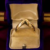 Chevron 9ct 9k Yellow Gold Band, Vintage 1970s Zig Zag Design Shaped Ladies Ring.