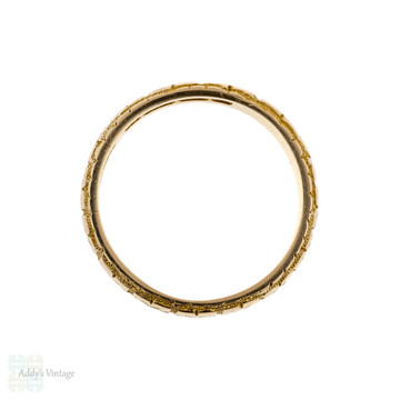 Victorian 18k Engraved Wedding Ring, Antique 18ct Gold 1870s Band. Size K.5 / 5.5.