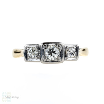 Three Stone Diamond Engagement Ring, Vintage Square Set 18ct & PLAT Diamond Ring, Circa 1940s.