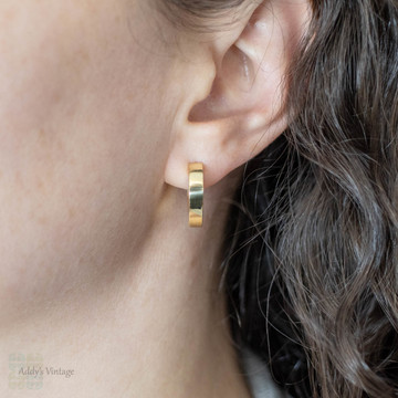 18ct Gold Huggie Earrings, Yellow Gold Pear Shaped Tapered Bars.