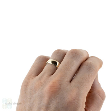 Vintage 9ct Men's Wedding Band, Wide 9k Yellow Gold Wedding Ring. Circa 1980s, Size R.5 / 8.75.