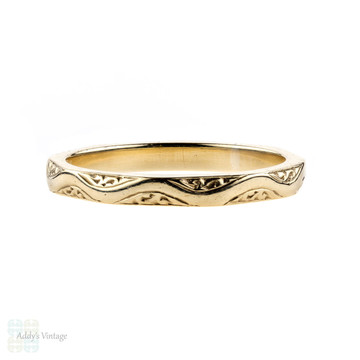 Vintage 9ct Engraved Wedding Ring, 1950s 9k Yellow Gold Band. Size M.5 / 6.5.