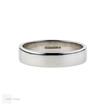 Platinum Men's Wedding Ring, Classic Modern Pipe Cut Band. Size U / 10.