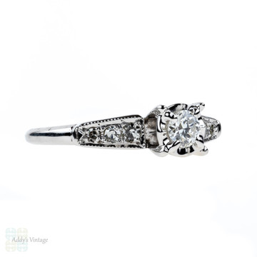 Vintage Old European Cut Diamond Engagement Ring, 14ct Tapered Setting. Circa 1940s.