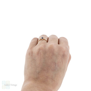Vintage Sapphire Single Stone Ring, 14k Gold Bezel Set Oval Engagement Ring.