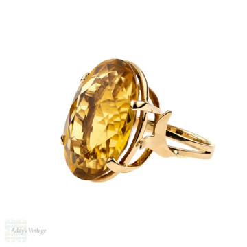 Vintage Citrine 18ct Ring, Large Orange-Yellow Oval Cut Single Stone Cocktail Dress 18k Ring.