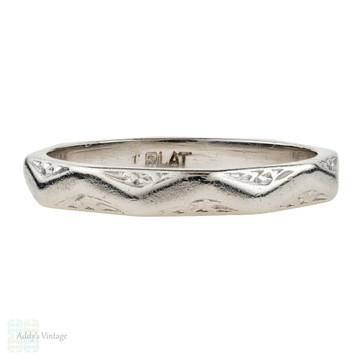 Vintage Platinum Wedding Ring, 1940s Faceted Ladies Narrow Band. Size J.5 / 5.25.