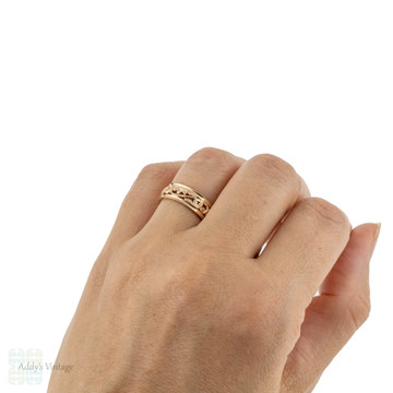Engraved Wide 14k Ladies Wedding Band, Hand Pierced Design 14ct Gold Ring. Size M / 6.25.
