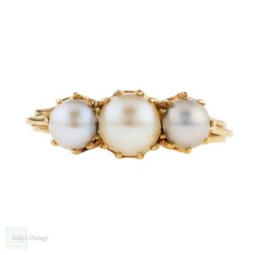 Antique Half Pearl Three Stone Ring, 18ct 18k Yellow Gold Graduated Design.