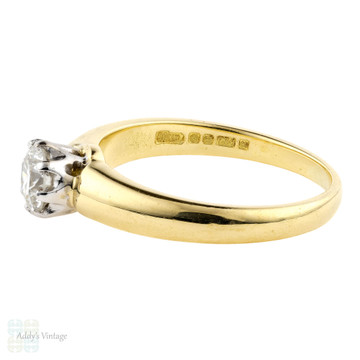 Classic Round Brilliant Cut Diamond Engagement Ring, 18k Yellow Gold 0.41 ct Single Stone.