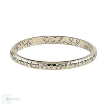 1920s Engraved Wedding Band 18k White Gold, Slender Art Deco Ring. Size M / 6.25.