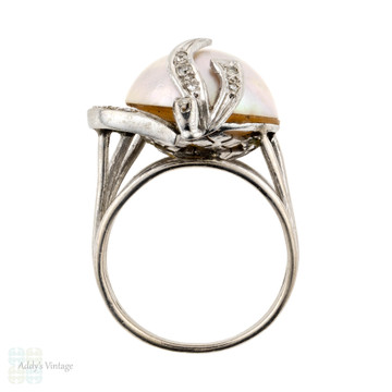 Mabe Pearl & Diamond Vintage Cocktail Ring, 9ct White Gold Dress Dinner Ring.