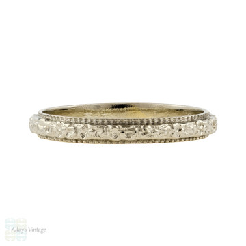 Engraved Wedding Band 18k White Gold, Vintage Flower Art Deco Ring. Size J.5 / 5.