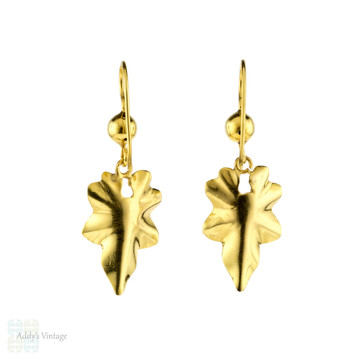 Antique 18ct Ivy Leaf Earring, Victorian Engraved 18k Yellow Gold Articulated Drops.