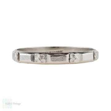 Engraved Art Deco Men's Platinum Wedding Ring, Vintage Flower 1930s Band. Size V.5 / 10.75.