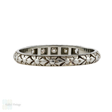 Art Deco Engraved Diamond Wedding Ring, Ladies 18ct White Gold Flower Band. Size L / 5.75.