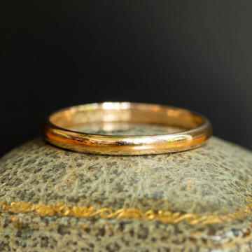 RESERVED Vintage 1940s Ladies Wedding Ring, Narrow 9ct 9k Yellow Gold Band, Size P / 7.75.