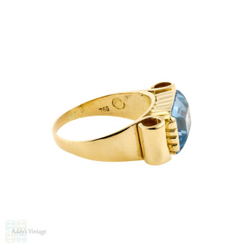 Retro Blue Synthetic Spinel Chunk 18ct 18k Yellow Gold 1940s Ribbon Ring.