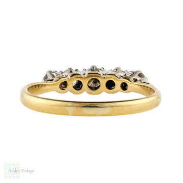 Five Stone Diamond Engagement Ring, Vintage 18ct Gold Graduated Design Ring.