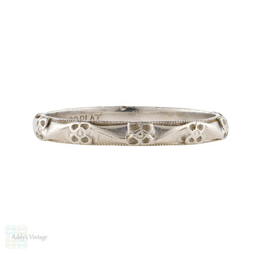 Ladies Engraved Platinum Wedding Ring, 1920s Flower Pattern Band Size L / 5.75.