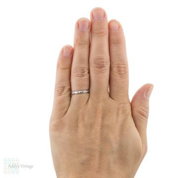 Ladies Engraved Platinum Wedding Ring, 1920s Flower Pattern Band Size L / 5.75.