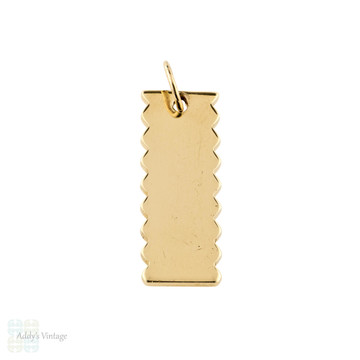 9ct Yellow Gold Ingot Charm Pendant, 9k 1982 English Hallmarks.