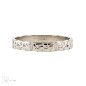 Vintage Platinum Faceted Wedding Ring, 1940s Engraved Flowers Band. Size N / 6.75.