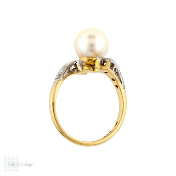 Vintage Cultured Pearl & Diamond Ring, 18ct 18k Gold 1960s Bypass Design.